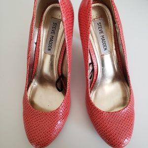 Coral Steve Madden Heels / Pumps